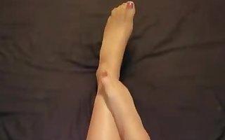 Crossdresser pantyhose legs
