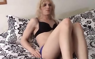 Blonde TS Gets Her Ass fucked